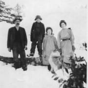Thomson family (Photo: Saanich Pioneer Society Archives and Museum)